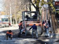 Подрядчик завершает капремонт улицы Александра Невского!